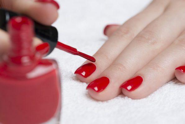 semi-permanent nail polish