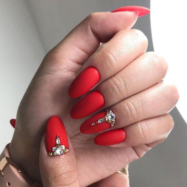 unghie rosse