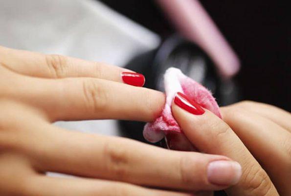 Come togliere il gel dalle unghie